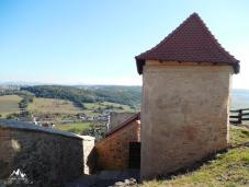case in Cetatea de Sus