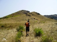 urcare spre Piatra Raioasa