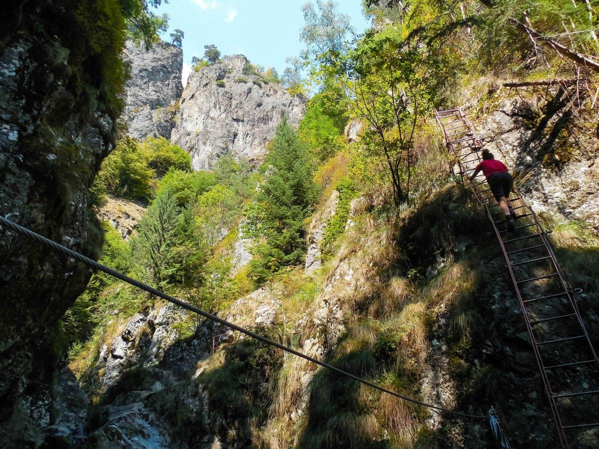 Valea lui Stan – acolo unde natura se împletește cu aventura